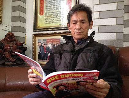 Ông Đặng Quang Đức đến tại tòa soạn Tạp chí Quê Hương Ngày Nay kêu oan. Ảnh: NGÔ GIA