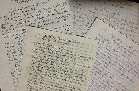 """Nhiều giấy xác nhận và đề nghị, hồi âm gửi về tòa soạn Tạp chí Quê Hương Ngày Nay bày tỏ sự bức xúc trước oan sai """"tày trời"""" của Cựu chiến binh – Thương binh Đặng Quang Đức suốt hơn 20 ngàn ngày (hơn 41 năm) qua. Ảnh: NGÔ DOANH"""