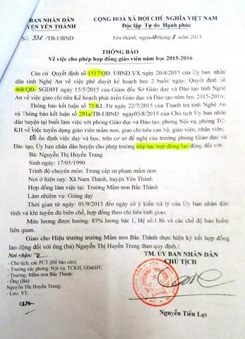 Thông báo cho phép hợp đồng lao động của UBND huyện Yên Thành. Ảnh: GIA HÂN