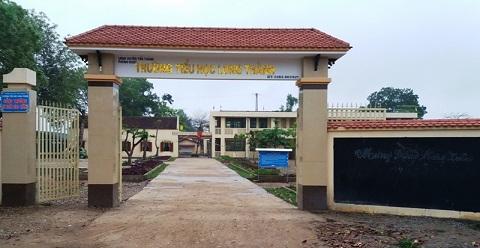 Trường Tiểu học Long Thành, Yên Thành có 3 giáo viên, nhân viên bị chấm dứt hợp đồng. Ảnh: NGUYỄN NAM