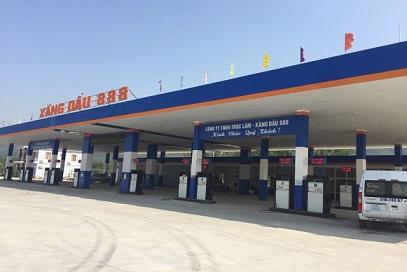 xăng dầu 888 tại xã Trường Lâm, huyện Tĩnh Gia, tỉnh Thanh Hóa. Ảnh: NGUYỄN HÒA